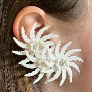 Vintage White Flowers & Rhinestone Earrings